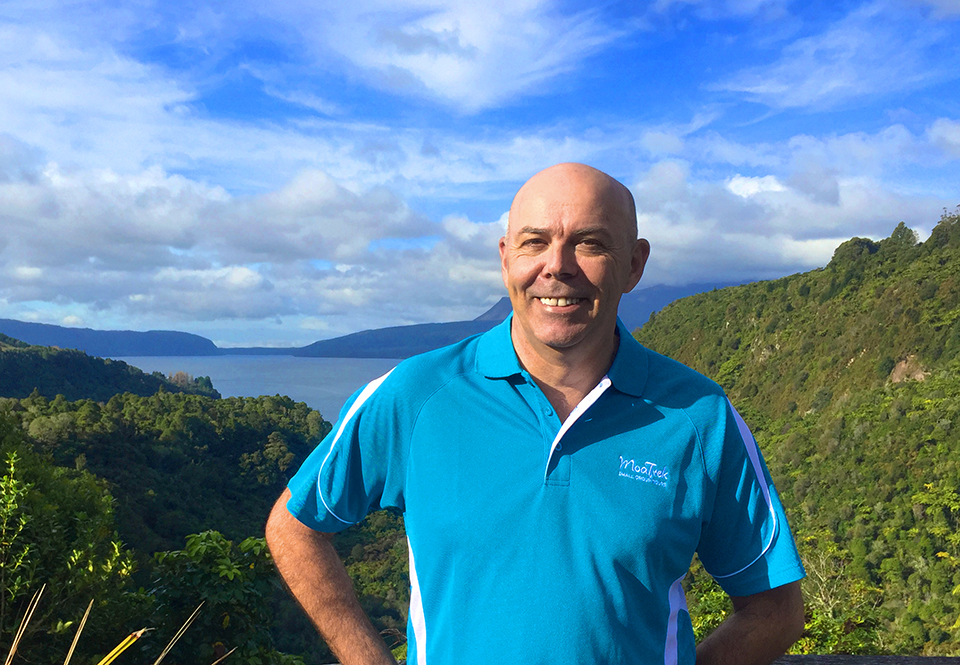 Steve from MoaTours at the Lake Tarawera lookout