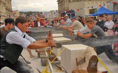 Stone Sawing Competition, Oamaru Victorian Fete - MoaTours