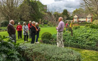 Garden tour at Moondance Manor, Waikato