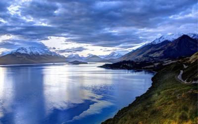 Views of the head of Lake Wakatipu from the Glenorchy Road
