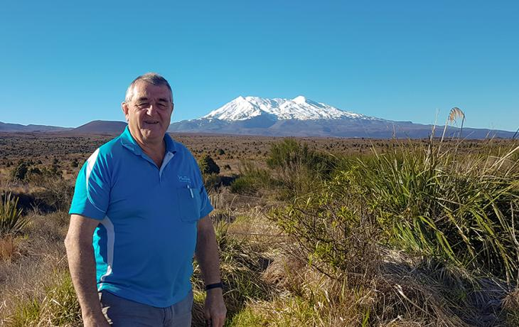 MoaTours Guide Matt at Mt Ruapehu on the World of WearableArt Awards Show tour