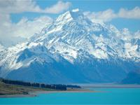 Aoraki Mt Cook and Lake Pukaki - MoaTours Small Group Escapes