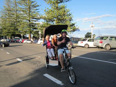 Bike taxi in Napier - MoaTours Small Group Escapes
