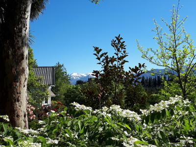 Spring flowers at Rangiatea Garden, Canterbury High Country